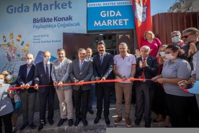 Konak'ta Sosyal Destek Merkezi hizmete başladı