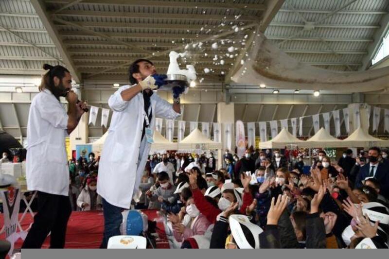 Çorlu'da 'TÜBİTAK 4007 Bilim Şenlikleri'