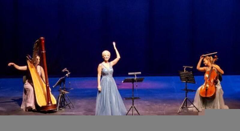Opera sahnesinde büyüleyen konser