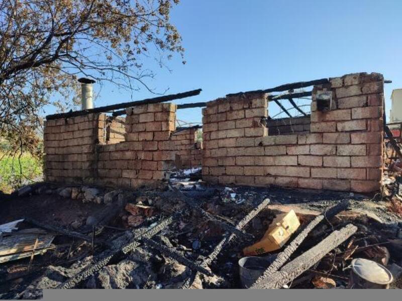 Bağ evi yangında kül oldu