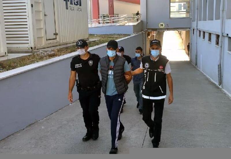 Evinde eroin ve bonzai ele geçirilen torbacı tutuklandı