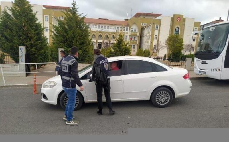 Keşan'da polisten okul önlerinde denetim