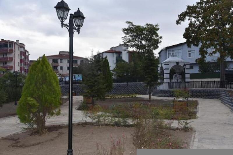 Amel Baba Türbesi'nin olduğu alana park yapılıyor