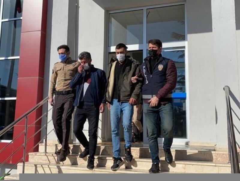 Afyonkarahisar'da 5 kaçak göçmen yakalandı