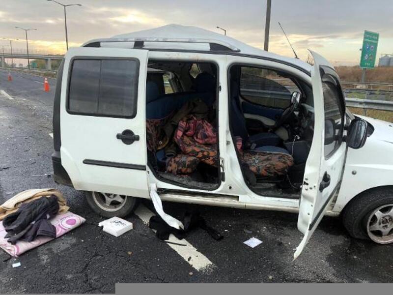 Tekirdağ'da TIR'a çarpan hafif ticari araçta 4 Iraklı yaralandı
