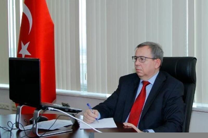 Rektör Tabakoğlu, Akciğer Sağlığı Kongresi'nde oturum başkanlığı yaptı