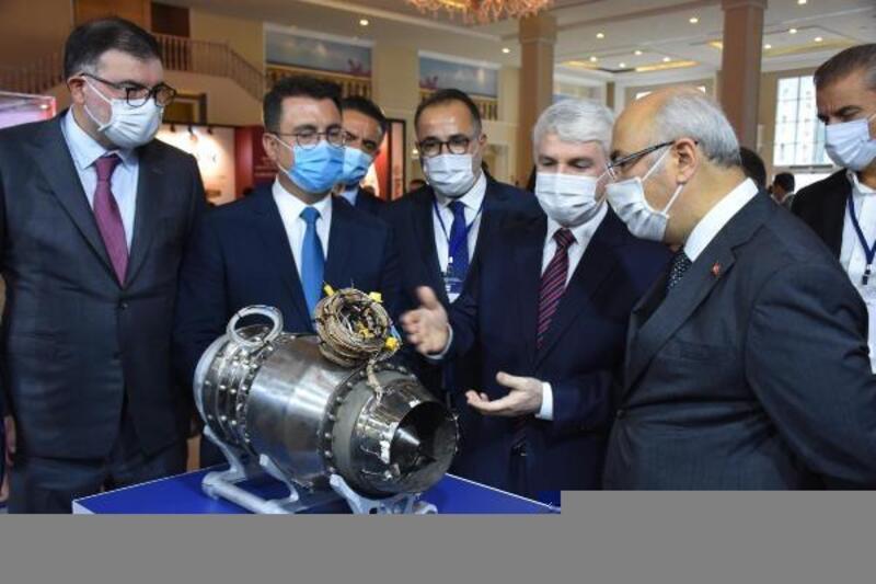Ar-Ge İnovasyon Sanayi ve Teknoloji Fuarı İzmir'de açıldı