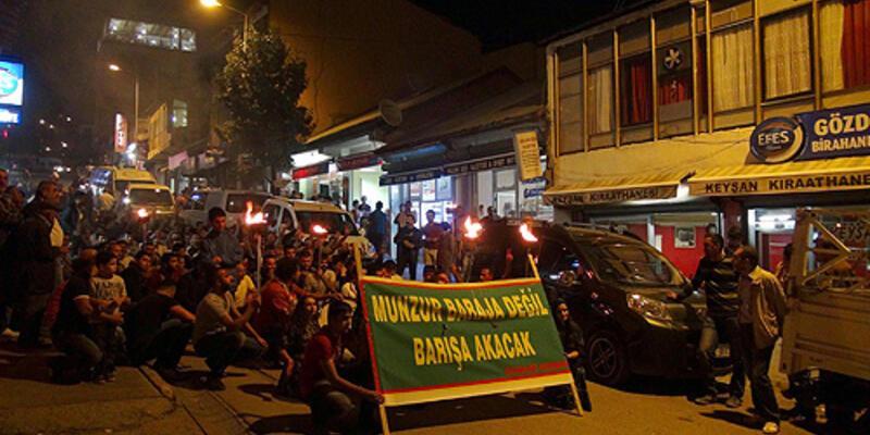 Tunceli'de kadın garson ve baraj protestosu