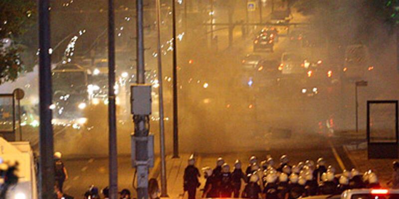 """Ankara'da """"zor"""" gece!"""