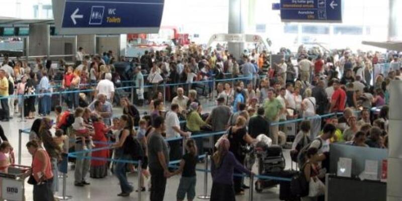 Havada yolcu trafiği 100 milyona yaklaştı