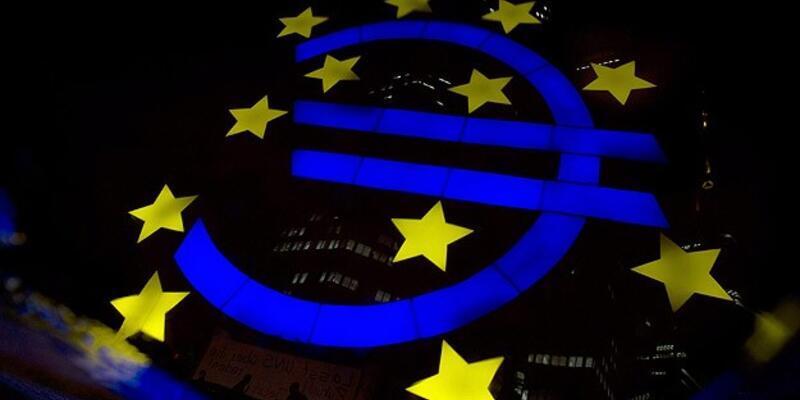 Euro Bölgesi krizi atlatamıyor