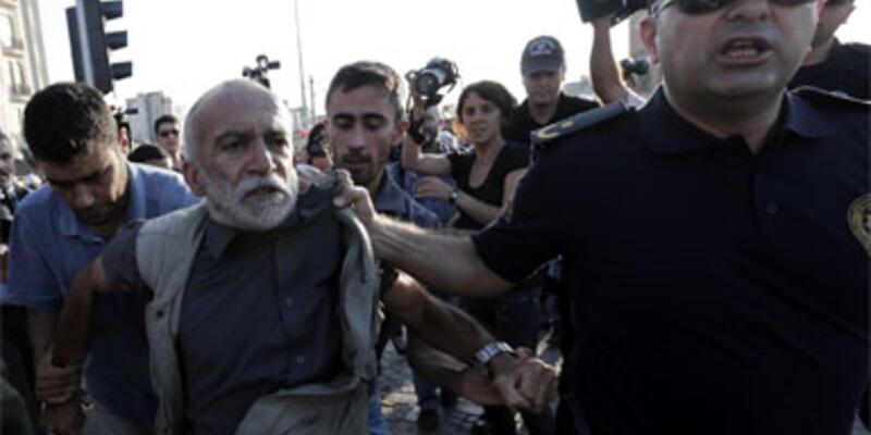 Gezi Parkı'ndaki iftara polis müdahalesi