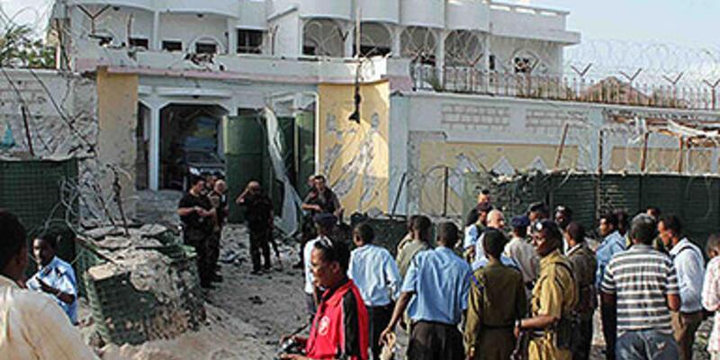 Türk Büyükelçiliği'ne intihar saldırısı: 1 polis şehit