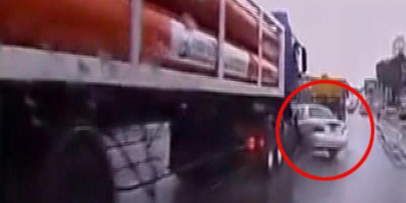 Dünyanın en uzun süreli trafik kazası