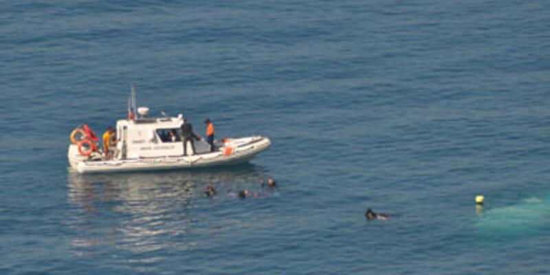 Göçmen taşıyan tekne battı: 15 kayıp