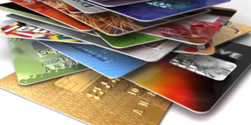 Türk halkı kredi kartından vazgeçmiyor