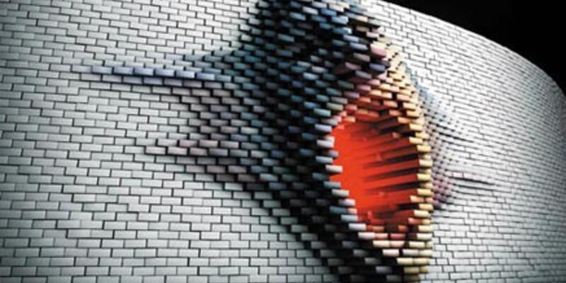Roger Waters İstanbul'un duvarlarını yıkacak