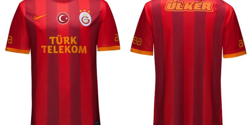 Galatasaray üçüncü formasını da tanıttı