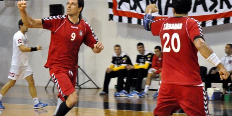 Beşiktaş hentbolde toplum imza attırdı