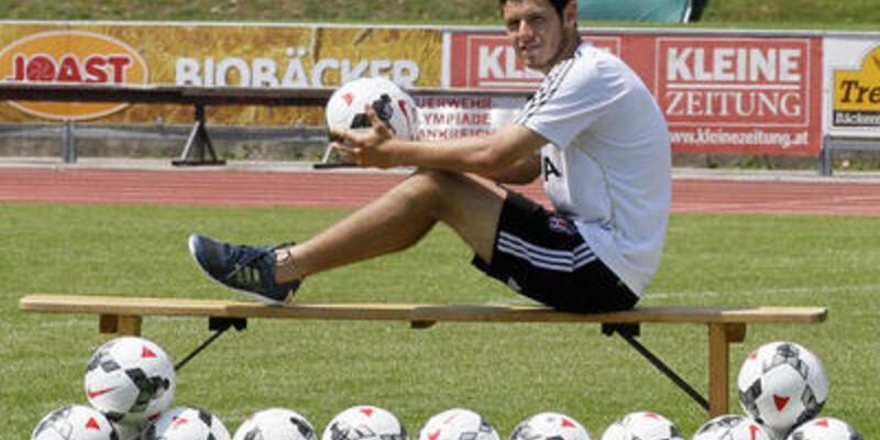 Beşiktaş'ın Mario Yepes'i olmak istiyor