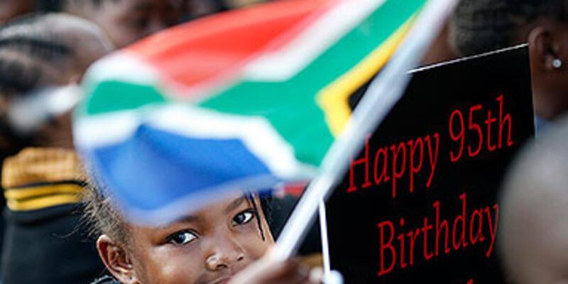 Mandela'nın 95. doğum günü kutlanıyor