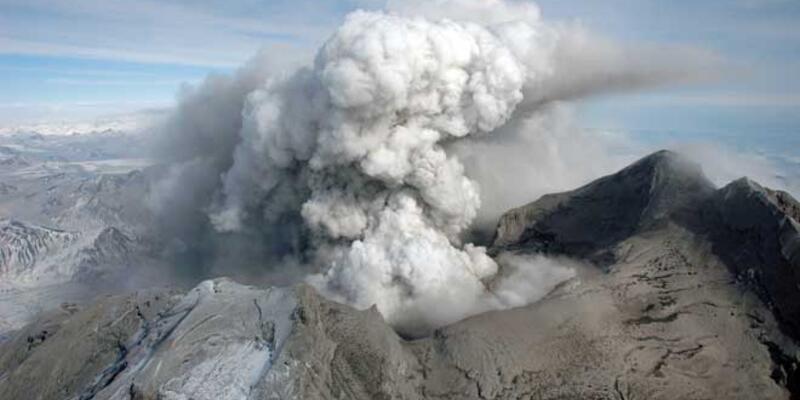 Patlamakta olan volkanın sesi kaydedildi