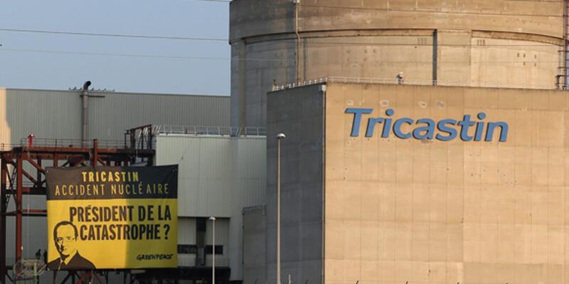 Greenpeace nükleer santrale girdi