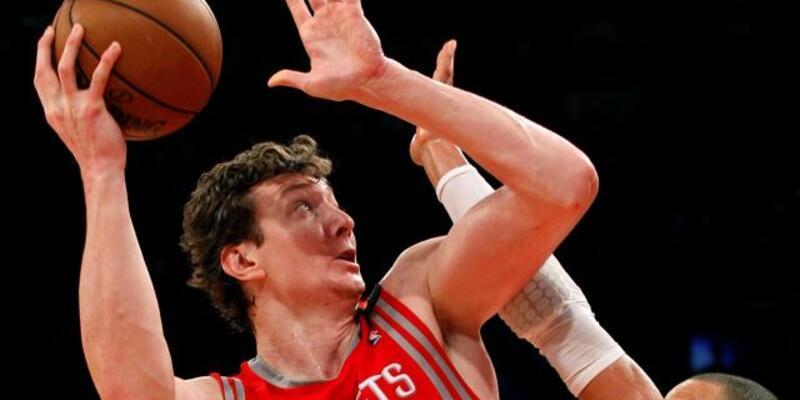 Rockets Ömer'i ve Lin'i bırakmıyor