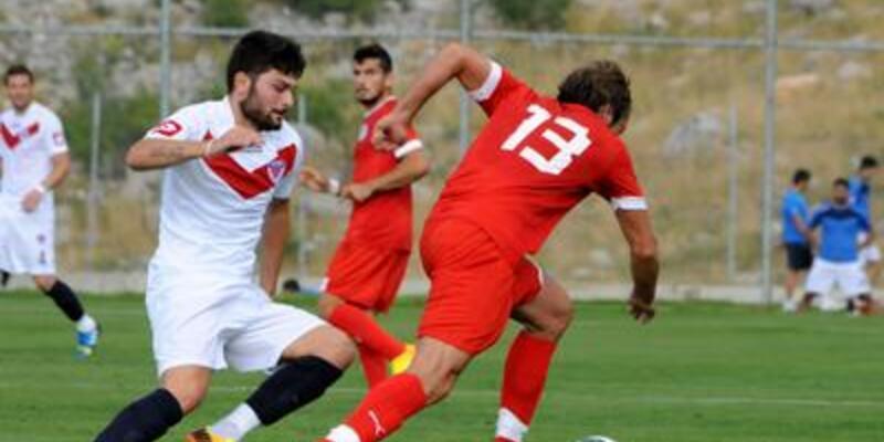 Antalyaspor, Mersin'i devirdi