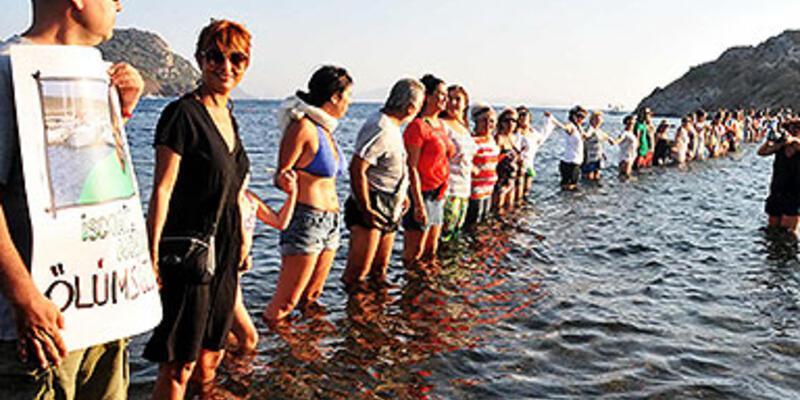 """""""Gezi"""" eylemi denize taşındı"""