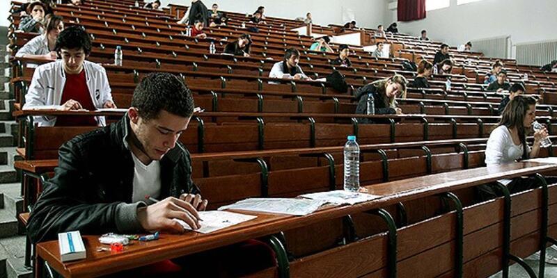 Öğretmen adaylarının alan sınavı sona erdi