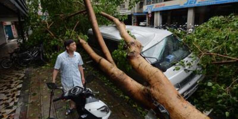 Tayvan'ı tayfun vurdu!