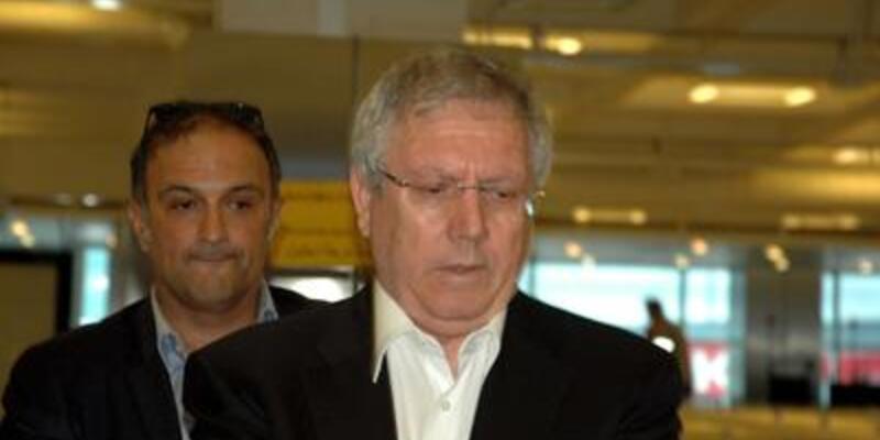 Aziz Yıldırım İstanbul'a döndü