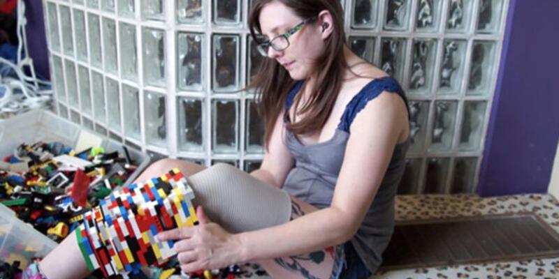 Lego parçalarıyla protez bacak yaptı