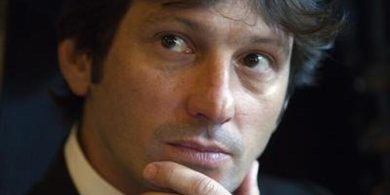 Leonardo PSG'den istifa etti