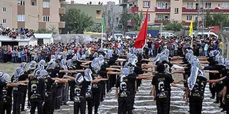 """PKK'nın """"asayiş birimi"""" Diyarbakır'da ortaya çıktı"""