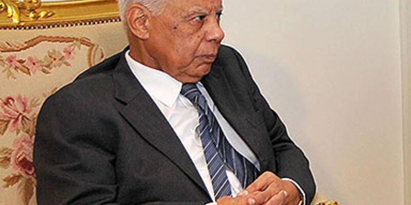 Mısır'da yeni hükümet kurma görüşmeleri başladı