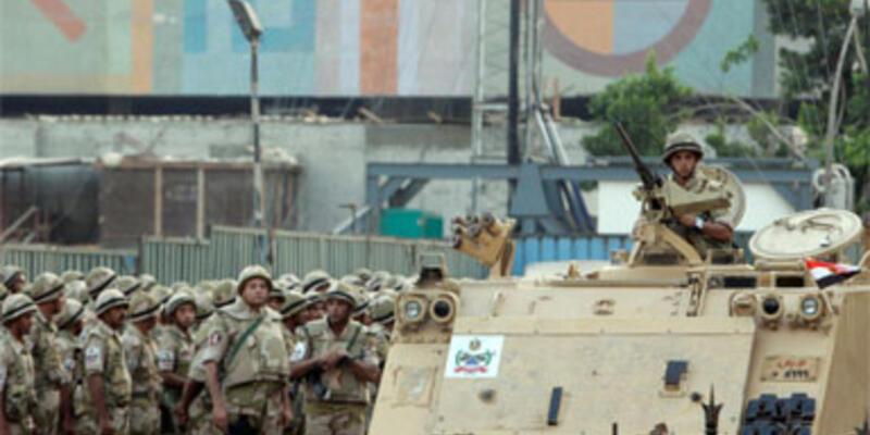 Sina'da askeri kontrol noktasına saldırı