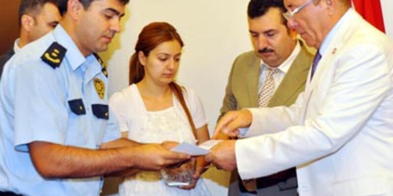 Gezi polislerine 'üstün başarı belgesi'