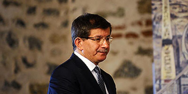 Davutoğlu ve Bozdağ'dan Mısır tepkisi