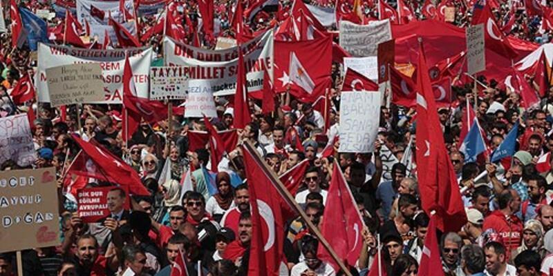 Avrupalı Türklerden Erdoğan'a destek