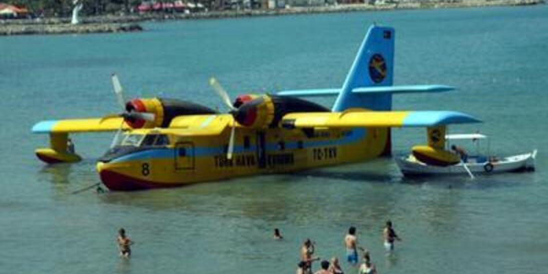 Zorunlu iniş yapan söndürme uçağı böyle kurtarıldı