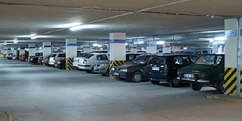 Otopark ücreti alan AVM'ye ceza