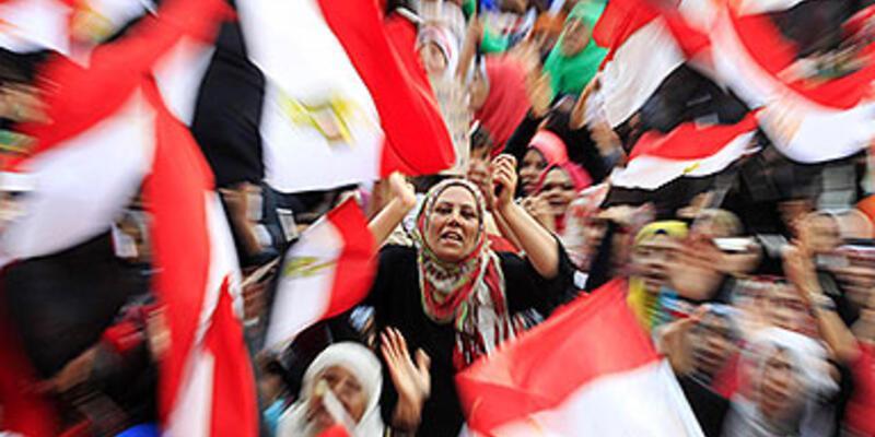 """""""Mısır darbesi Türkiye'nin Ortadoğu vizyonunu da vurdu"""""""