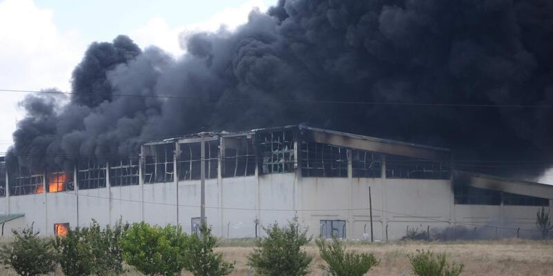 Çorlu'daki fabrika yangınında 5 işçi yaralandı