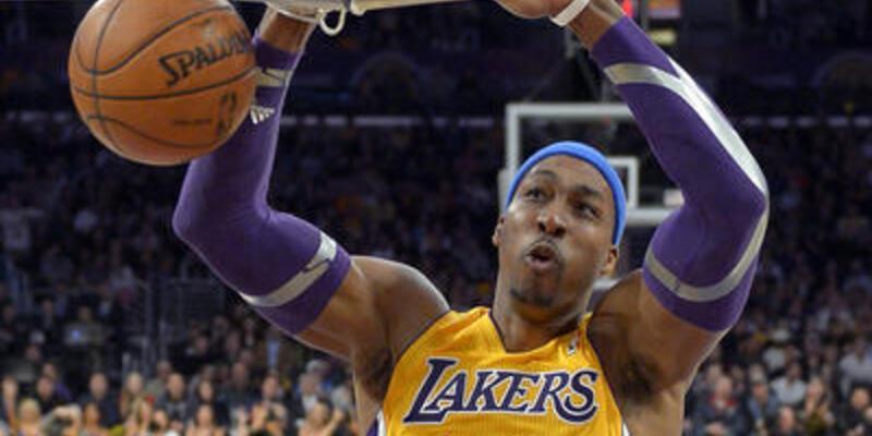 Dwight Howard için Kobe devrede