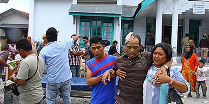 Endonezya'daki depremde 22 kişi öldü