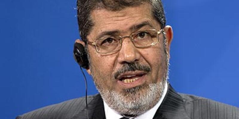 Mısır'da cumhurbaşkanına yargı yolu açılıyor