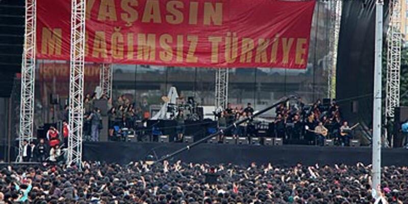 Grup Yorum konserine büyük ilgi