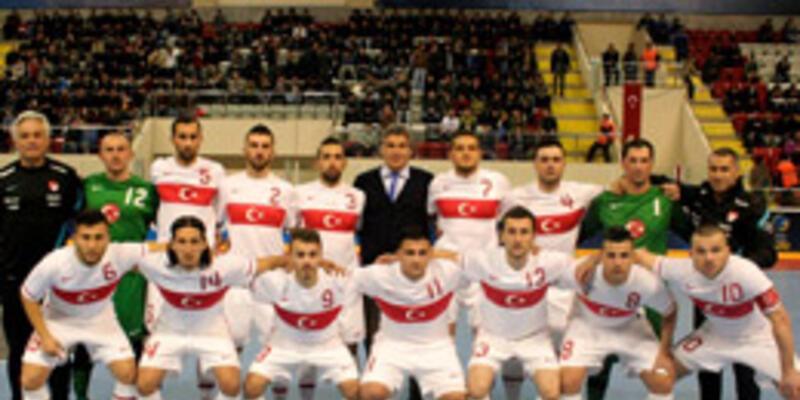 Futsalda Ukrayna'ya yenildik